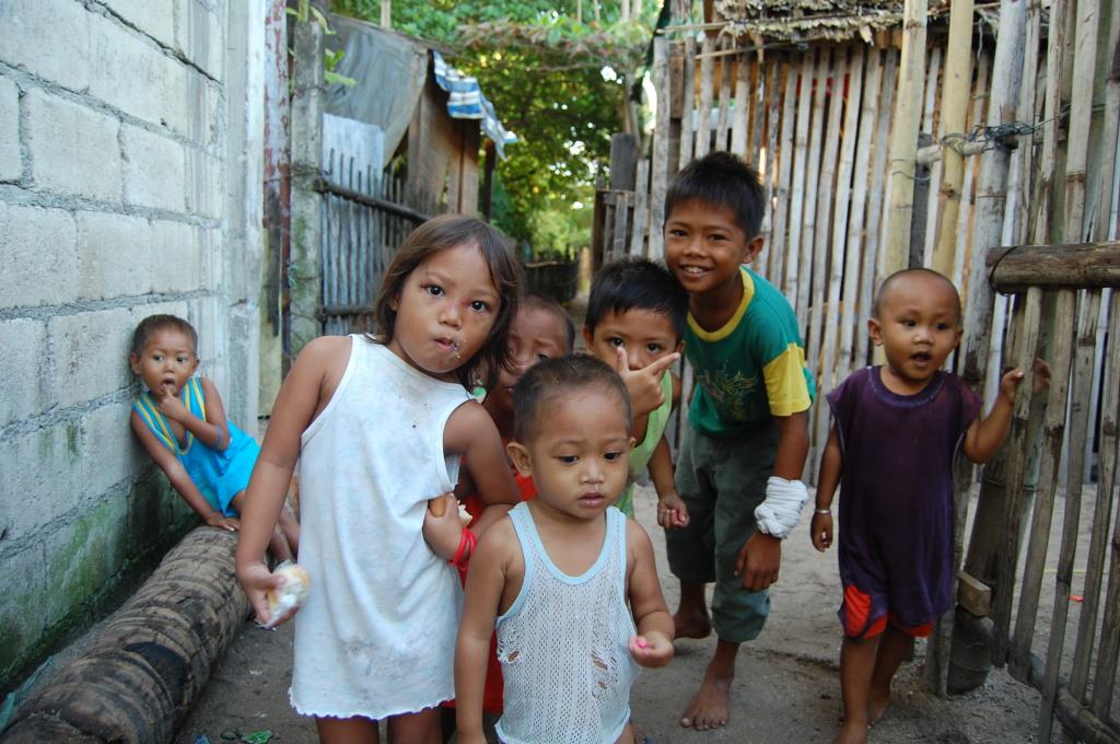 Gang of Filipino kids on Malapascua island